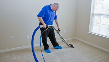 Professional carpet cleaning in Watford